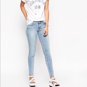 Wildfox Marianne Mid-rise Light wash Skinny Jeans